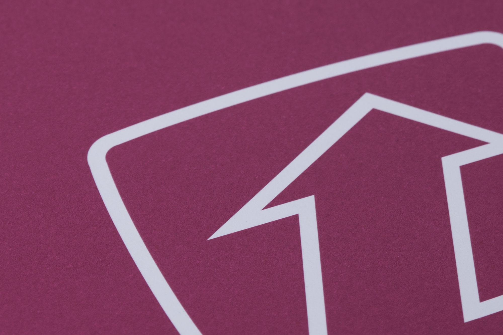 75a gestaltet die Geschäftsausstattung der telemedia GmbH