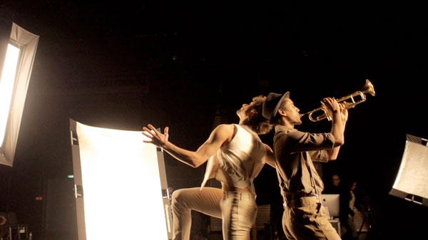 75a dreht für die Mercedes-Benz Bank ein Making Of Video vom Fotoshooting mit Maks Richter