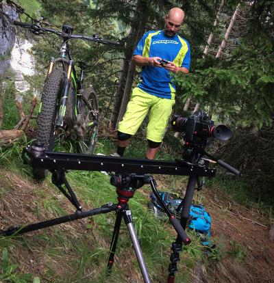 75a dreht die Technik Videos für das neue Cannondale Mountainbike Moetrra